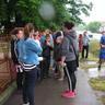 001. Készülődés a futóversenyre