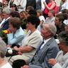 05 - Szülõk, nagyszülõk, barátok - mindenki eljött a fontos eseményre.jpg