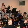 10 - Az összeszokott csapatba hamar beilleszkedett az étterem egyik zenésze is.jpg