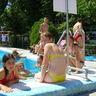 09 - A Balaton mellett is sikeres volt a medence.jpg
