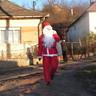 11 - Krampuszai kíséretében Kurdra is megérkezett a fehér szakállú Mikulás.jpg