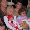 09 - kisbabát szorongatva,.jpg
