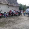 06 - Az ebéd elfogyasztása után az eredményhírdetésre gyülekeznek a csapatok.jpg