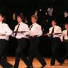 05 - Dalmandi Csillagszóró Együttes Ének az esõben tánca.jpg