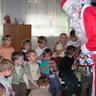 13 - A Mikulás csomagokat adott a jó gyerekeknek,.jpg