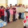 08 - A német nemzetiségi nyelvoktatásban részesülõ 1. osztályosok németül is mondtak verset.jpg